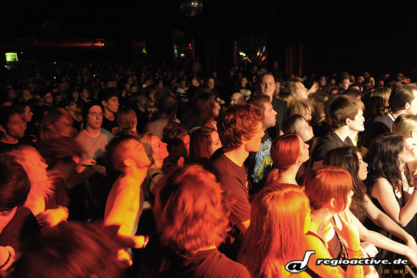 Crowd ( Live in der Batschkapp Frankfurt 2010)